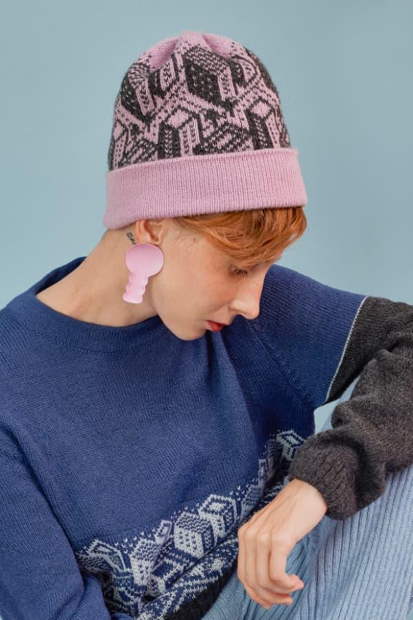 hat pink dawn 2 min
