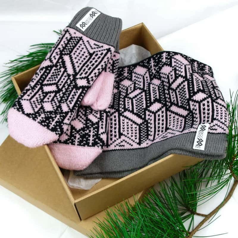 City pink min